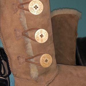 TALL BUTTON UGG BOOTS